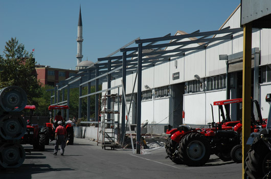 MASSEY FERGUSSON AGRICULTURAL TRACTORS ROLLER TEST BUILDING
